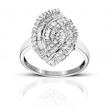 Elegant Cocktail ring with Baguettes and Pave Style Diamonds 18 Karat White Gold