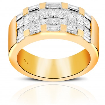 Exquisite Baguette and Invisible Princess-cut Diamond Cocktail Ring 14 Karat Yellow Gold