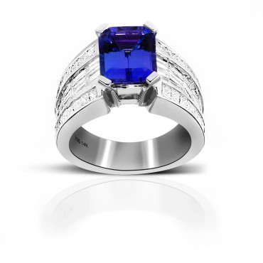 Cushion-cut Tanzanite Cocktail ring with Baguette Diamond accents 14 Karat White Gold