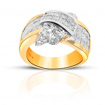 Exquisite Cocktail Ring with Invisible Princess-cut and Pave Style Diamonds 14 Karat Yellow Gold